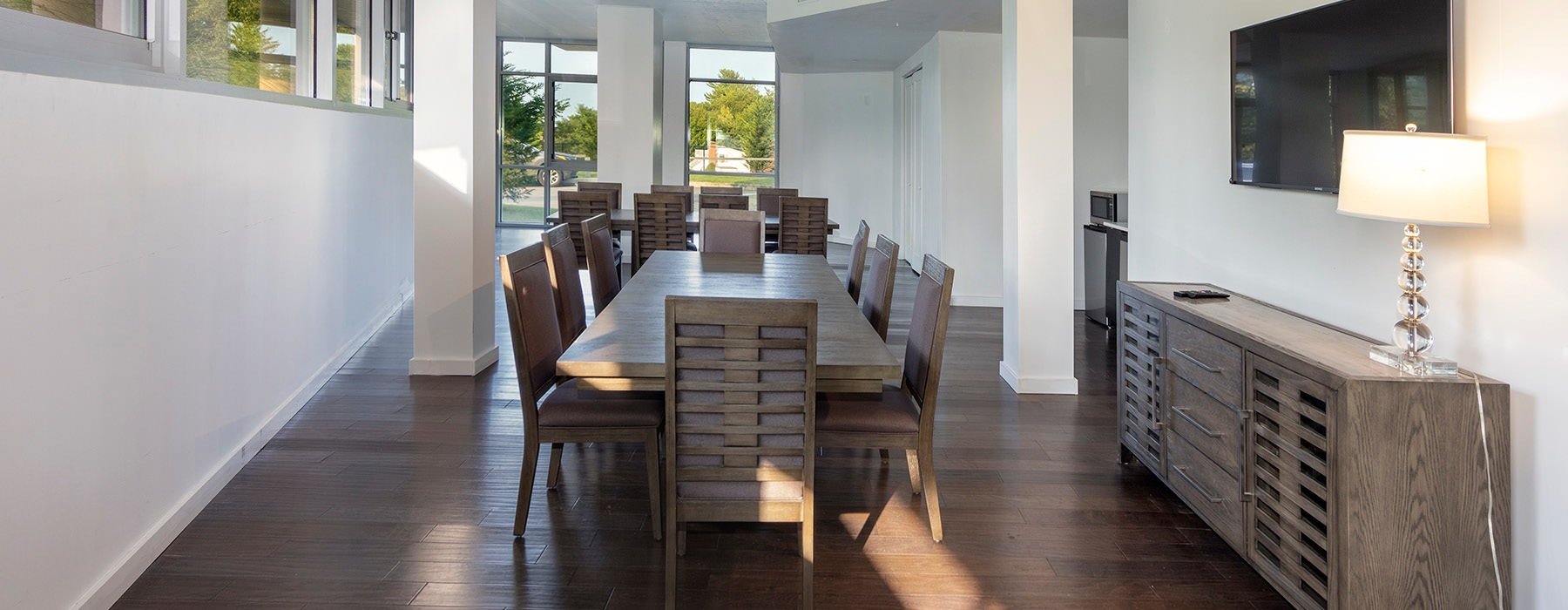 dining room in clubhouse